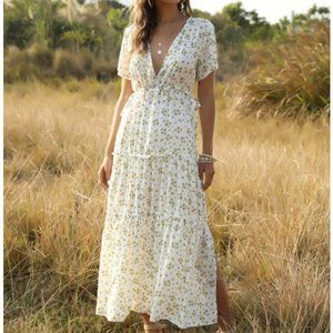 SHEIN Ditsy Floral Slit Hem Maxi A-line Dress